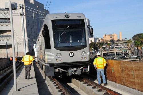 LA-Metro-Train-and-Workers1.jpg