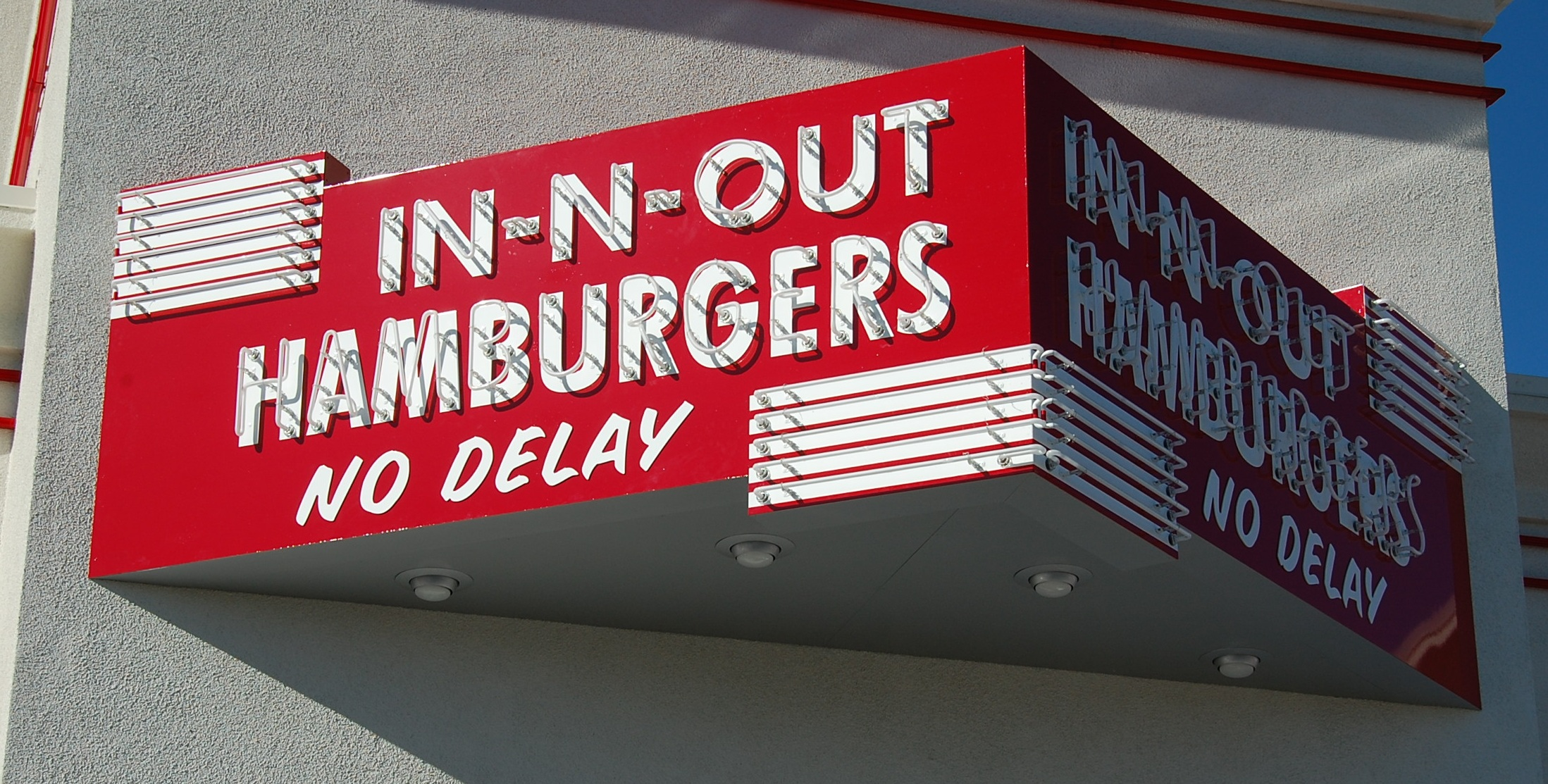Retro-In-N-Out-Sign.jpg